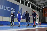 SCHAATSEN: SALT LAKE CITY: Utah Olympic Oval, 13-11-2013, Essent ISU World Cup, training, Brooke Lochland (AUS), Annouk van der Weijden (NED), Anice Das (NED), Manon Kamminga (NED), ©foto Martin de Jong