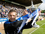 St Johnstone v Morton....02.05.09.Derek McInnes with the first division trophy.Picture by Graeme Hart..Copyright Perthshire Picture Agency.Tel: 01738 623350  Mobile: 07990 594431