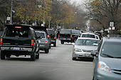 Chicago, IL - November 22, 2008 -- United States President-Elect Barack Obama's motorcade returns to his home in the Hyde Park neighborhood of Chicago after his morning workout nearby, , Saturday, November 22, 2008..Credit: Anne Ryan - Pool via CNP