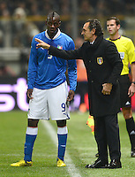 Fussball International  Freundschaftsspiel   14.11.2012 Italien - Frankreich Mario Balotelli und Trainer Cesare Prandelli (v. li., Italien)