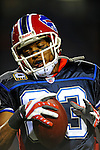 17 November 2008: Buffalo Bills' wide receiver Lee Evans warms up prior to facing the Cleveland Browns at Ralph Wilson Stadium in Orchard Park, NY. The Browns defeated the Bills 29-27 in the Monday Night AFC matchup. *** Editorial Sales Only ****..Mandatory Photo Credit: Ed Wolfstein Photo