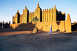 Mud mosque, Djenne, Mali, 1986.<br />