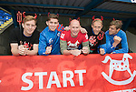 St Johnstone FC Supporting CHAS Devils Dash&hellip;.14.10.16<br />Pictured from left, Liam Craig, Craig Thomson, Mike McClay CHAS Outdoor Events Co-Ordinator, Steven Anderson and Murray Davidson<br />Picture by Graeme Hart.<br />Copyright Perthshire Picture Agency<br />Tel: 01738 623350  Mobile: 07990 594431