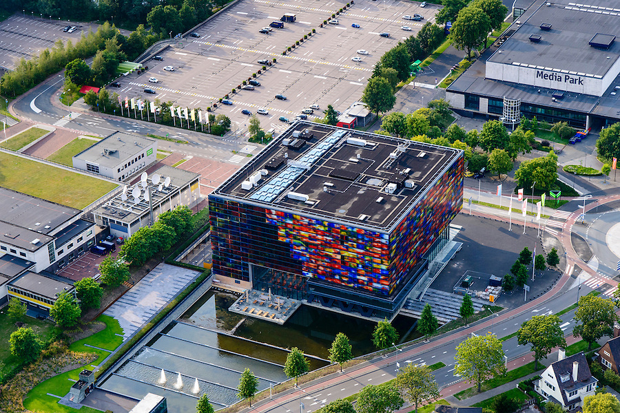 Nederland, Noord-Holland, Hilversum, 05-08-2014; Hoofdingang Mediapark met Instituut voor Beeld en Geluid.<br /> Business park of the public and commercial broadcasting companies, the building of the Netherlands Institute for Sound and Vision.<br /> luchtfoto (toeslag op standaard tarieven); aerial photo (additional fee required); copyright foto/photo Siebe Swar
