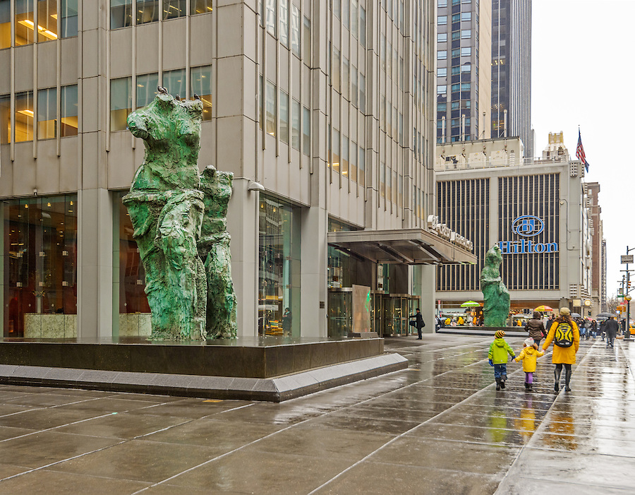 Looking toward the avenue sculptures 1301 avenue of the for 1290 avenue of the americas sixth floor