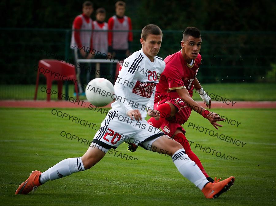 Fudbal Soccer<br /> International Friendly-Prijateljski mec<br /> Srbija U17 v Belorusiaj U17<br /> Milutin Vidosavljevic (R) and Dzianis Hruzheuski<br /> Stara Pazova, 20.09.2016<br /> foto: Srdjan Stevanovic/Starsportphoto &copy;