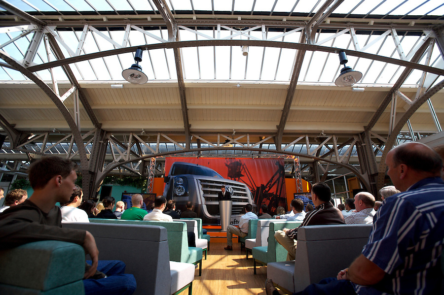 Photo: © Martin Beddall 5-7-06.VW Crafter van presentation day at Dover. Introducing the new van to Uk dealers and their customers as part of a roadshow around the UK..Ralf Schueler, Head of Marketing gives the opening presentation.