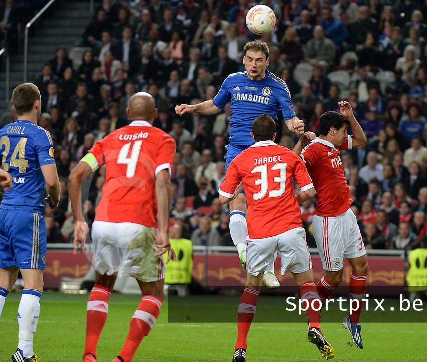 Benfica Lissabon - Chelsea FC : Branislav Ivanovic with the winning header for Chelsea and the 2-1.foto DAVID CATRY / Nikonpro.be
