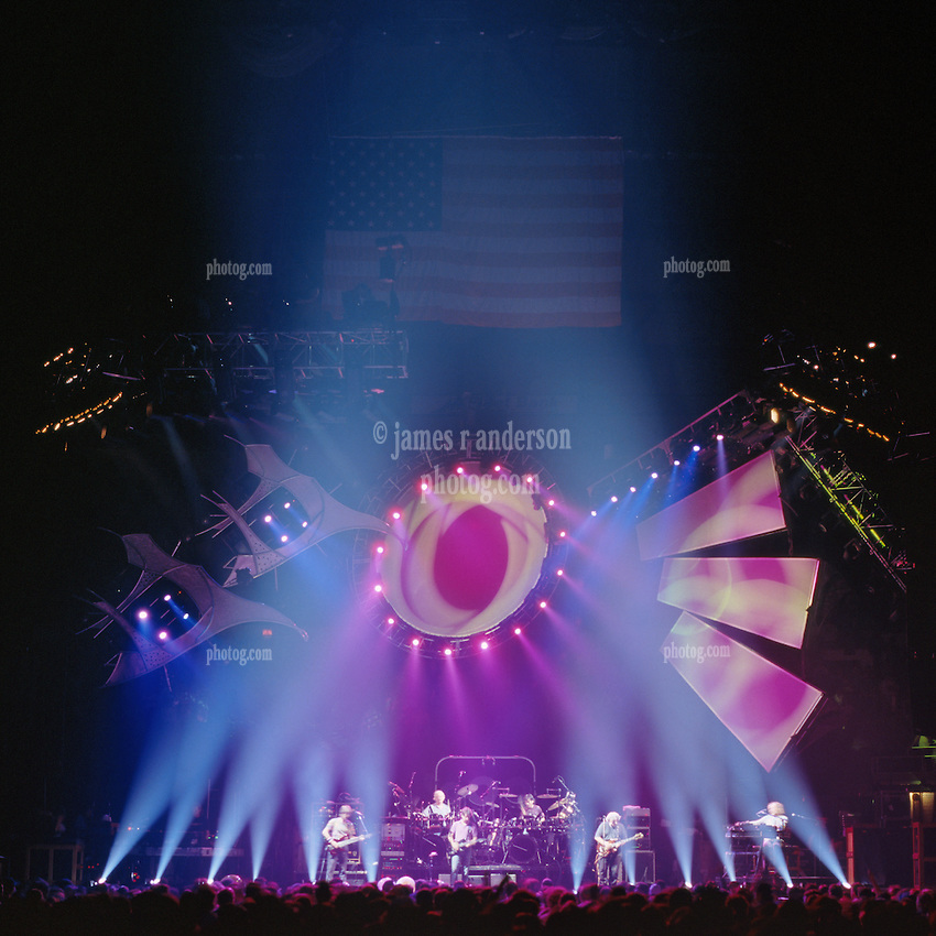 Not Fade Away. The Grateful Dead live in concert at the Nassau Coliseum, Uniondale NY, 4 April 1993.