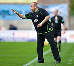 Mixu Paatelainen yells orders to his Hibs side