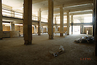 1995 May 23..Redevelopment....Tidewater Community College.TCC PROGRESS BEFORE.INTERIOR OF MARTIN BUILDING.1ST FLOOR LOOKING AT FRONT FROM RIGHT REAR SIDE...NEG#.NRHA#..