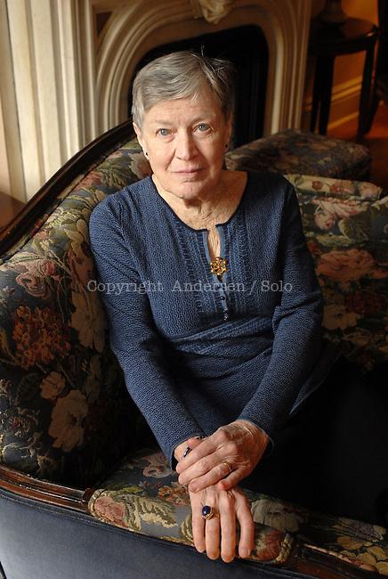 Fox Paula (1923-2017)