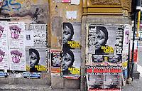 """Roma, 4 Gennaio 2011.Quartiere San Lorenzo.Manifesti per la liberazione di Cesare Battisti, firmati dal collettivo """"militant"""".Battisti libero, liberiamo gli anni '70.Rome, January 4, 2011.San Lorenzo district.Posters for the liberation of Cesare Battisti, signed by the collective """"militant"""".Battisti free, free the 70"""