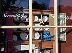 Niagara-on-the-Lake Storefront Window