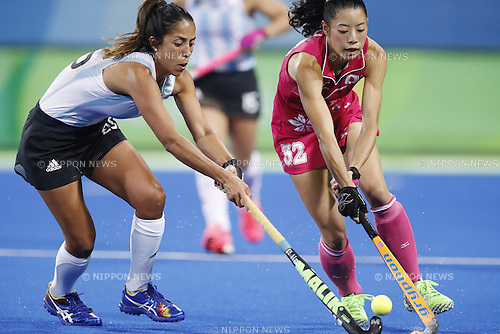(L-R) Aguirre Gabriela (ARG), Hazuki Yuda (JPN),<br /> AUGUST 8, 2016 - Hockey : <br /> Women's Pool Match <br /> between Japan Women's 0-4 Argentina Women's <br /> at Olympic Hockey Centre <br /> during the Rio 2016 Olympic Games in Rio de Janeiro, Brazil. <br /> (Photo by Yusuke Nakanishi/AFLO SPORT)