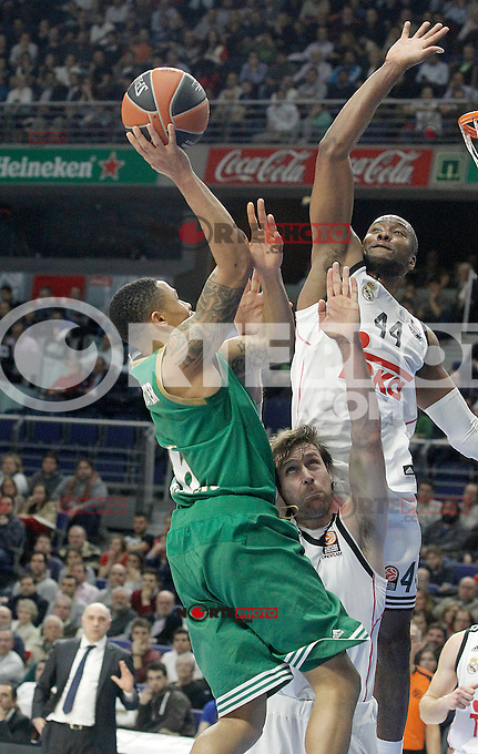 Real Madrid's Andres Nocioni (c) and Marcus Slaughter (r) and Panathinaikos Athens' A.J. Slaughter during Euroleague match.January 22,2015. (ALTERPHOTOS/Acero) /NortePhoto<br /> NortePhoto.com