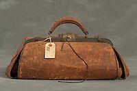 Willard Suitcases / Jennie E / ©2014 Jon Crispin