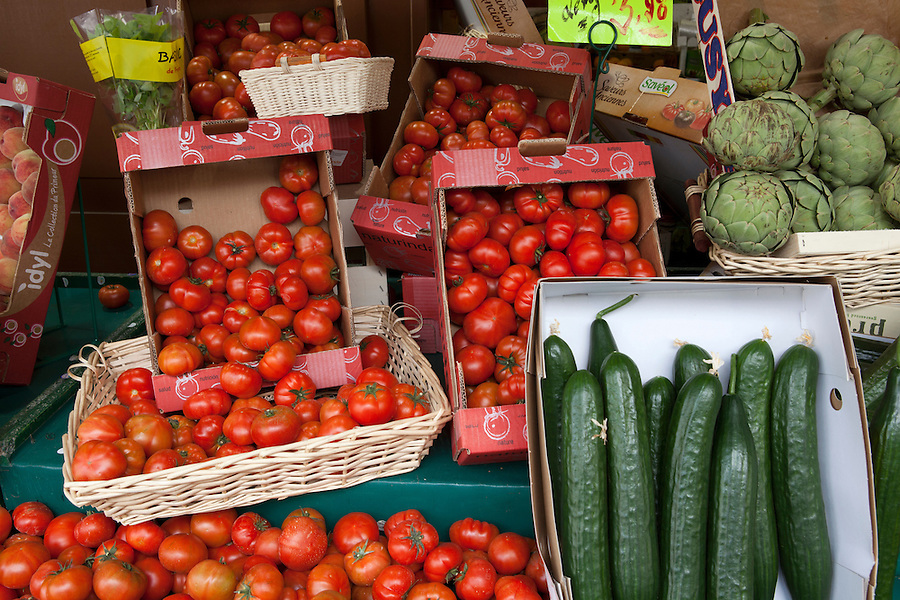 Fresh tomatoes, cucumbers and artichokes for sale in the Marais district of Paris, France, Europe