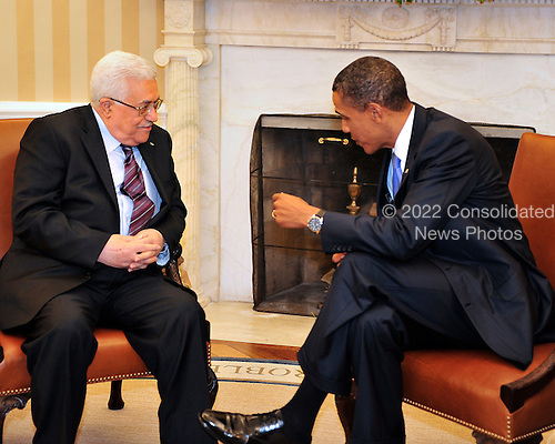 United States President Barack Obama meets President Mahmoud Abbas of the Palestinian Authority in the Oval Office of the White House in Washington, D.C. on Wednesday, September 1, 2010.  This is one of several meetings between the President and Middle East Leaders in advance of the opening of the first direct talks in two years between Israel and the Palestinian Authority scheduled to begin at the State Department in Washington, D.C. tomorrow..Credit: Ron Sachs / Pool via CNP