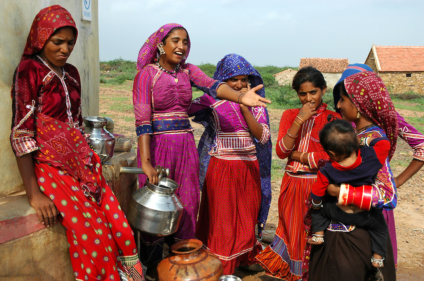 Maldhari girls fetching water from a modern well..Michael Benanav - mbenanav@gmail.com