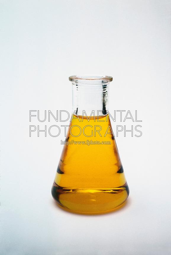 METHYL ORANGE AS CHEMICAL INDICATOR<br /> Methyl Orange Indicates pH Level of 6<br /> The orange-yellow color of methyl orange indicator when added to solution indicates the measurement of pH around 6.