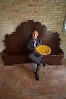 Castelfranco Emilia, Festa di San Nicola - Sagra del Tortellino (Tortellini Festival).<br /> Panzano Castle.<br /> Gianni Degli Angeli, the festival's mastermind, with freshly prepared Tortellini.