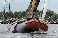 SKUTSJESILEN: GROU: SKS skûtsjesilen, Friese Sporten, 30-07-2011, Fryslân, skûtsje d'Halve Maen (Drachten), schipper Berend Mink, ©foto Martin de Jong