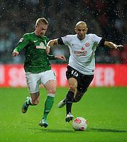 USSBALL   1. BUNDESLIGA    SAISON 2012/2013    10. Spieltag   Werder Bremen - FSV Mainz 05                             04.11.2012 Kevin De Bruyne (SV Werder Bremen) gegen Elkin Soto (re, Mainz)