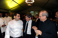 Roma  22 Settembre 2009.. Cena organizzata dalla Caritas diocesana di Roma per raccogliere fondi per l'Ostello Caritas.Lo Chef Emanuele Lattanzi, Gianni Alemanno Sindaco di Roma, Mons. Enrico Feroci Direttore della Caritas Diocesana di Roma.<br /> The dinner organized by Caritas Rome to raise funds <br /> for the hostel Caritas.