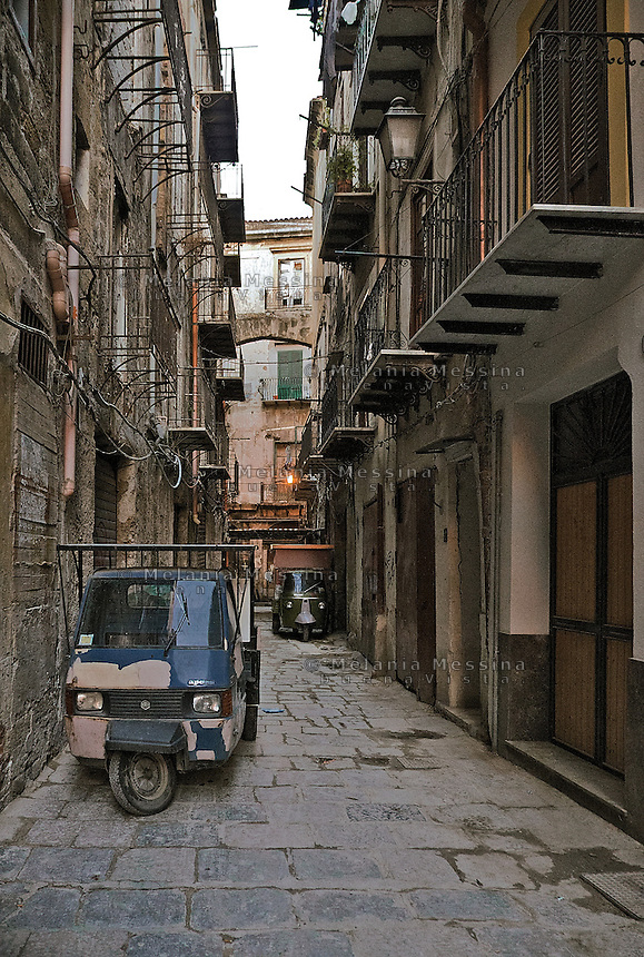 Pallermo: alley in Vucciria district.<br /> Palermo: vicolo della Vucciria