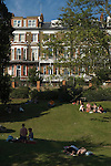Richmond Upon Thames, Surrey, England 2007. Tourists Terrace Gardens enjoying a sunny summer afternoon.