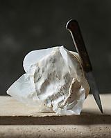France, Calvados (14), Pays d' Auge,   AOP Camembert de Normandie au lait cru // France, Calvados, Pays d' Auge,  PDO Normandy Camembert Cheese