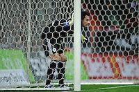 FUSSBALL   1. BUNDESLIGA   SAISON 2011/2012    16. SPIELTAG SV Werder Bremen - VfL Wolfsburg          10.12.2011 Torwart Diego Benaglio (VfL Wolfsburg)