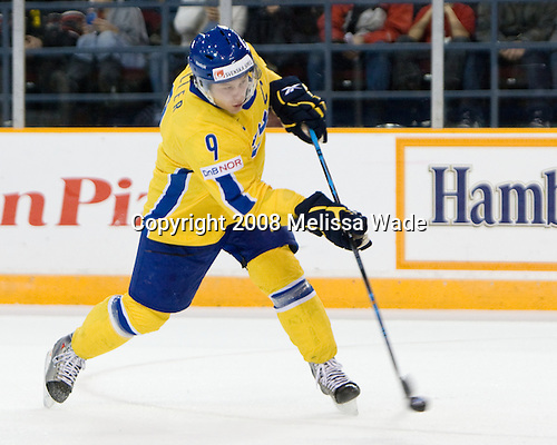 Oscar Möller (Sweden - 9) - Sweden defeated Latvia 10-1 on Monday, December 29, 2008, at the Ottawa Civic Centre Arena in Ottawa, Ontario, during the 2009 World Junior Championship.