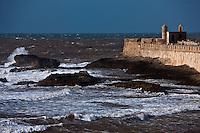 Afrique/Afrique du Nord/Maroc/Essaouira: Les remparts  vue depuis le sommet de la Skala du Port