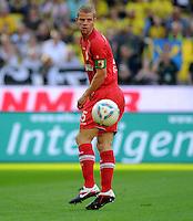 FUSSBALL   1. BUNDESLIGA   SAISON 2011/2012    8. SPIELTAG Borussia Dortmund - FC Augsburg                             01.10.2011 Uwe MOEHRLE (FC Augsburg) Einzelaktion am Ball