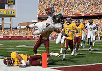September 19th, 2009:  Jahvid Best of California scores first touchdown during the first quarter of the game against Minnesota at TCF Bank Stadium in Minneapolis, Minnesota.   California leads Minnesota 21-7 at halftime.