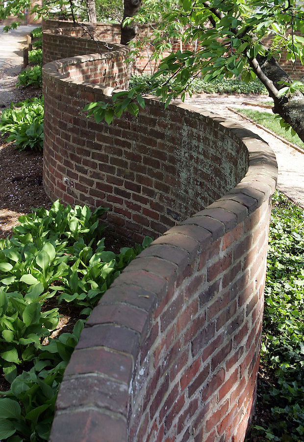 UVa pavilion gardens in spring 2007. Photo/Andrew Shurtleff