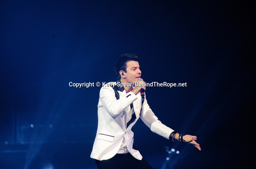 jordan knight of the new kids on the block performs at bb