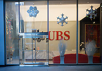 New York offices of Swiss banking giant UBS are seen decorated for the holidays on Sunday,  December 7, 2014. (© Richard B. Levine)