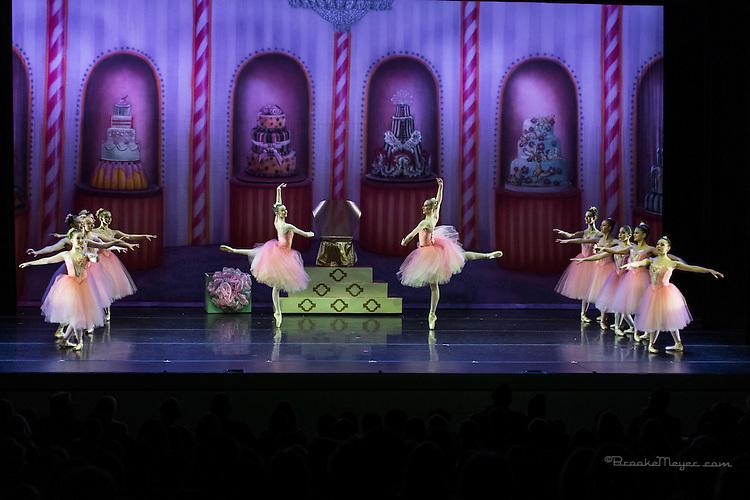"Cary Ballet Company, ""Visions of Sugarplums"", Friday Evening Performance, 18 Dec. 2015, Cary Arts Center, Cary, North Carolina. ."