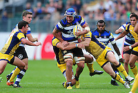 Leroy Houston of Bath Rugby takes on the Worcester Warriors defence. Aviva Premiership match, between Bath Rugby and Worcester Warriors on September 17, 2016 at the Recreation Ground in Bath, England. Photo by: Patrick Khachfe / Onside Images