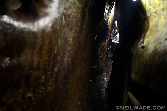 Inside the Xiandong Fairy Cave is a long, narrow corridor that leads to another small shrine.