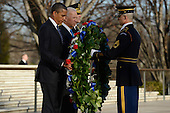 United States President Barack Obama (front L), Vice President Joe Biden (center L), Major General Michael S. Linnington (back L), Commander of the US Army Military District of Washington, and Sergeant First Class Chad E. Stackpole (R), participate in a wreath-laying ceremony at the Tomb of the Unknown Soldier in Arlington National Cemetery, Arlington, Virginia, USA, 20 January 2013..Credit: Michael Reynolds / Pool via CNP