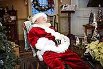 Gallery 00 - Santa and His Helpers