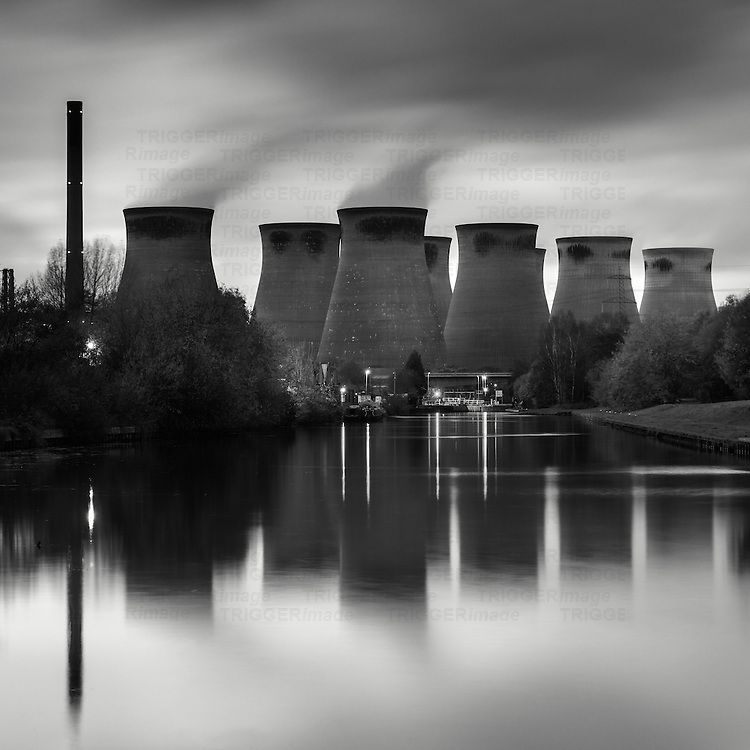 Ferrybridge Power Station, West Yorkshire, UK