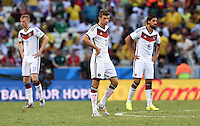 FUSSBALL WM 2014  VORRUNDE    GRUPPE G     Deutschland - Ghana                 21.06.2014 Per Mertesacker, Thomas Mueller und Sami Khedira (v.l., alle Deutschland)