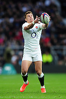 Henry Slade of England catches the ball. RBS Six Nations match between England and Italy on February 26, 2017 at Twickenham Stadium in London, England. Photo by: Patrick Khachfe / Onside Images