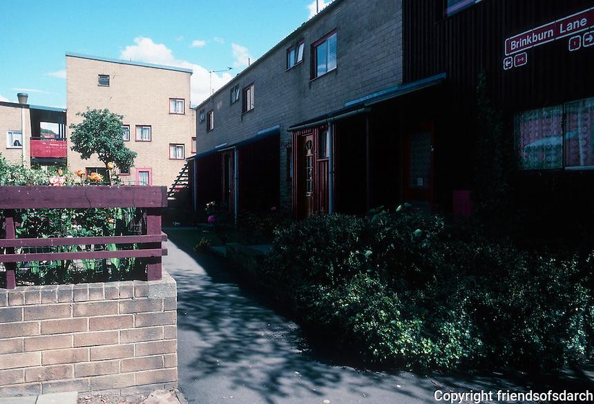 Ralph Erskine: Byker Redevelopment, Newcastle. Multi-family.