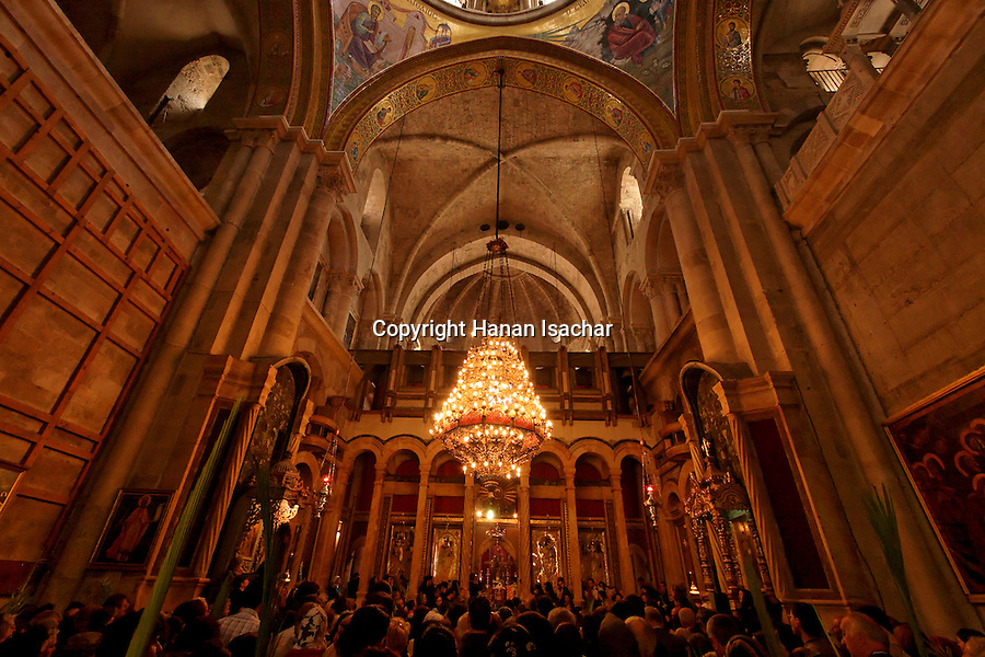 Israel, Jerusalem Old City, Greek Orthodox Palm Sunday ceremony at the Katholikon, the Church of the Holy Sepulchre, 2005<br />